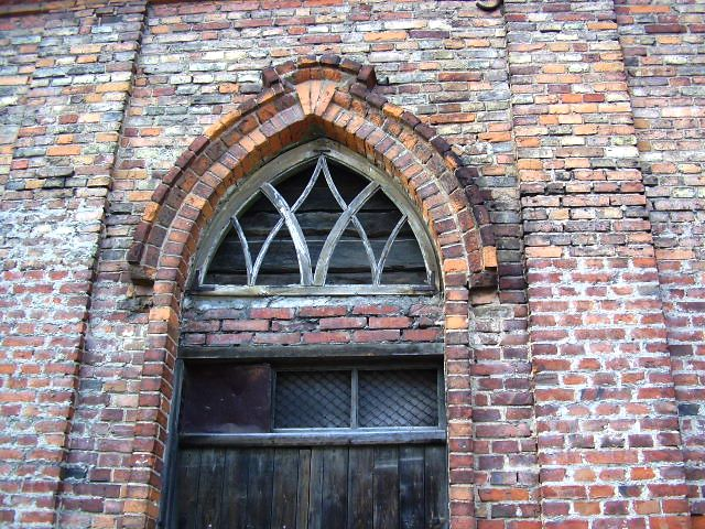 Joniskis, raudonoji sinagoga