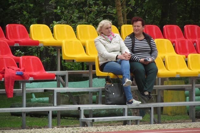 Gasčiūnai, stadiono atidarymas